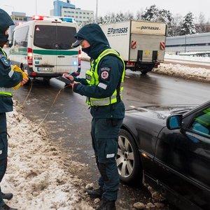 Policija savaitgalį imsis populiarių vietų: vietos automobiliui gali tekti laukti valandas