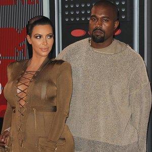 Kardashian skiriasi su Westu: santuoka truko kone 7 metus