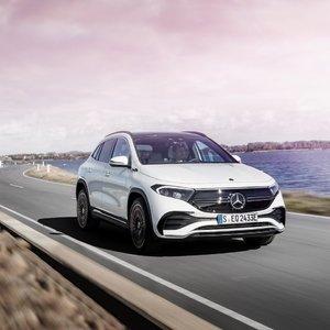 """Lietuvoje jau galima užsisakyti naują elektrinį """"Mercedes-Benz"""""""