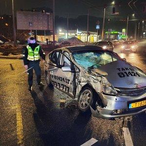 Vilniuje autobusui susidūrus su lengvuoju automobiliu nukentėjo du vyrai