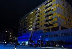 Ekspertų išvada dėl evakuoto daugiabučio Vilniuje: namas yra saugus, žmonės grįžti galės netrukus