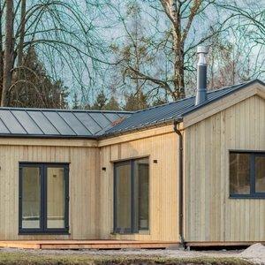 Svajojate apie namą gamtoje? Tokiam pasistatyti užteks ir 20 tūkst. eurų