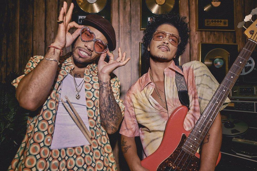 Anderson .Paak ir Bruno Mars (Warner Music nuotr.)