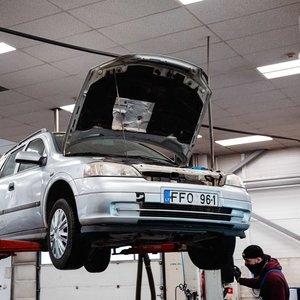 """""""Opel Astra"""" tapo Lietuvos rekordininke: be alyvos nuvažiavo 626 kilometrus"""
