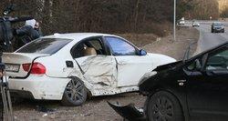 Girto vairuotojo šėlionės Plungės rajone: sukėlė masinę avariją, sužeisti 2 mažamečiai vaikai