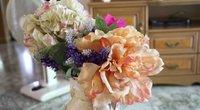 Dirbtinės gėlės (nuotr. Shutterstock.com)
