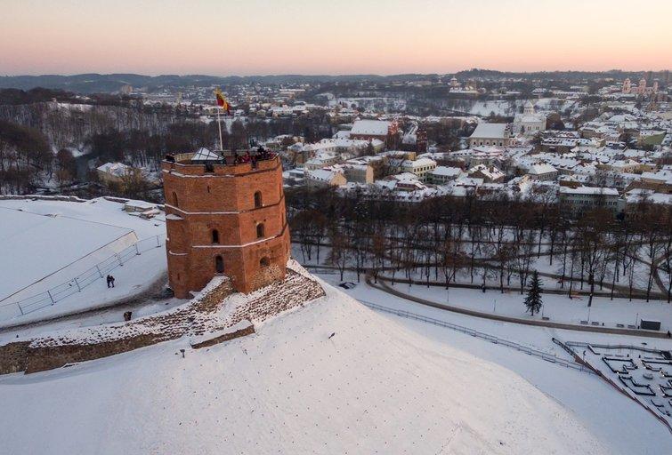 Šalčio sukaustytas Vilnius iš aukštai (nuotr. tv3.lt)