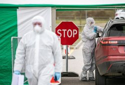 Aiškėja daugiau apie mirusius nuo koronaviruso: vienas pacientas neturėjo lėtinių ligų