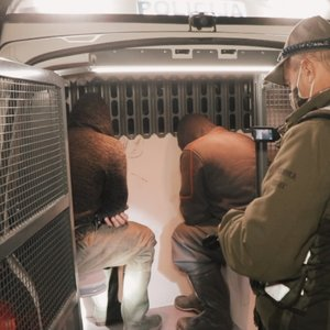 Sulaikyti lašišų brakonieriai: pareigūnams pateikė netikėtą pasiteisinimą