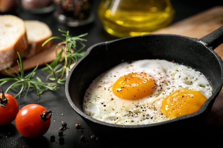 Kepti kiaušiniai  (nuotr. Shutterstock.com)